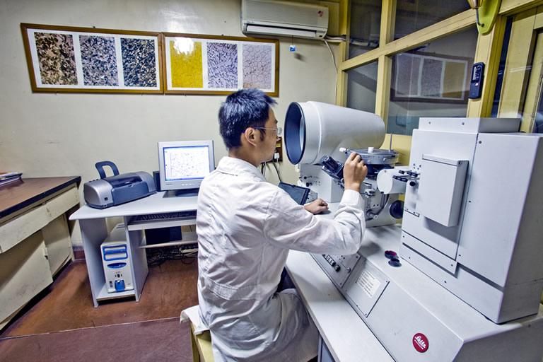 德國金相顯微鏡